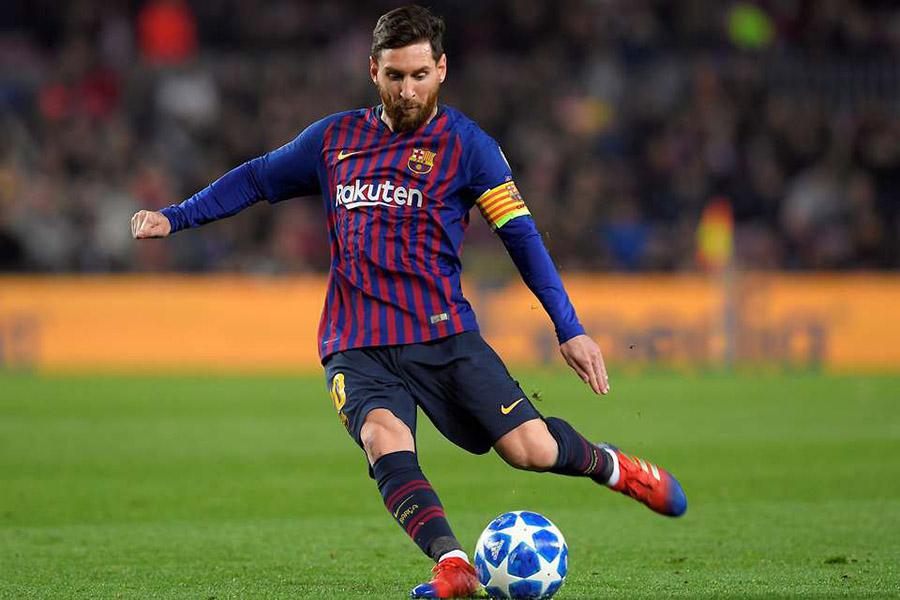 Lionel Messi chân sút huyền thoại